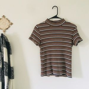 VTG Mock Neck Top